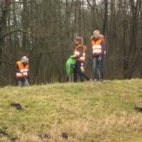 Padvindsters en Kabouters van Scouting Look Wide doen mee aan Nederland Schoon